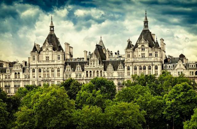 royal horseguards hotel london